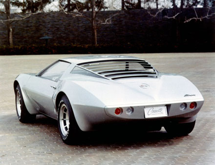 1969_Chevrolet_Corvette_XP-882_Rear_View