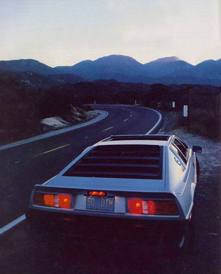 Federal_Lotus_Esprit_Turbo_1986