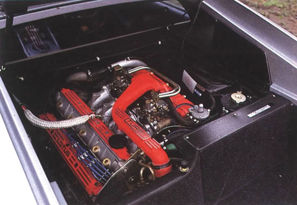 Lotus_Esprit_Engine_Bay
