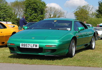 Lotus_Esprit_GT3_Green_1999