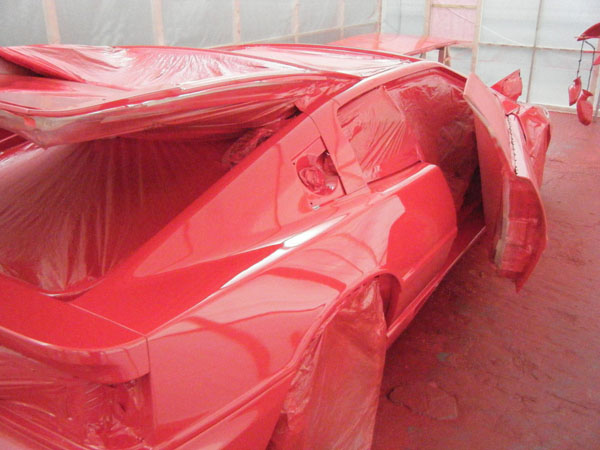 Lotus_Esprit_Masking_Off_rear