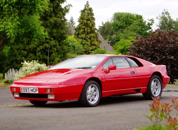 Lotus_Esprit_Respray_Finished