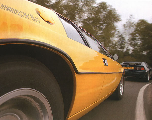 Lotus_Esprit_S1_yellow_Detail