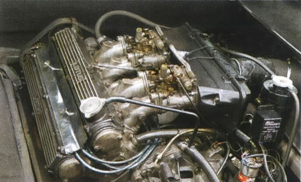 Lotus_Esprit_S2_Engine
