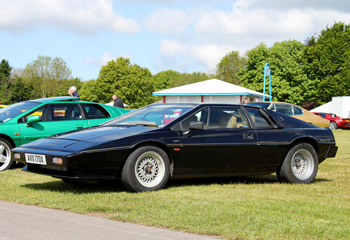 Lotus_Esprit_S3_Black_1982