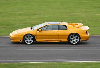 Lotus_Esprit_S4_Yellow_1993