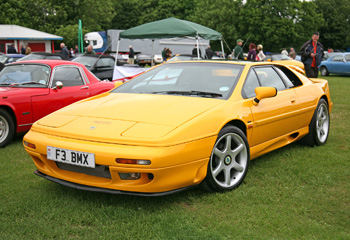 Lotus_Esprit_S4_Yellow_1994