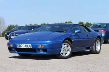 Lotus_Esprit_SE_Blue_1990