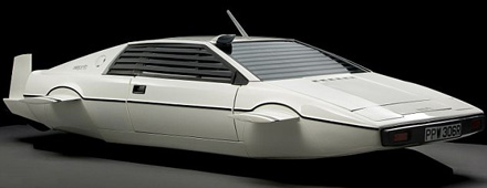 Lotus_Esprit_Submarine_Wet_Nelly