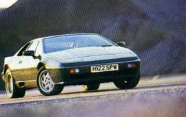 Lotus_Esprit_Turbo_1991_Front