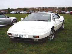 Lotus_Esprit_Turbo_White_1987