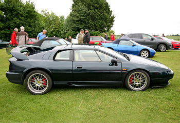 Lotus_Esprit_V8_02_Dark_Blue