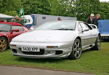 Lotus_Esprit_V8_Turbo_Silver_1998