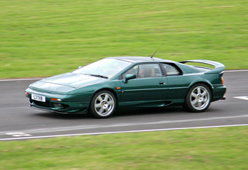 Lotus_Esprit_V8_Twin_Turbo_1996