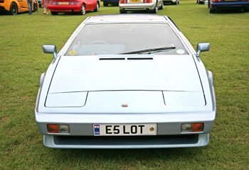 Lotus_Turbo_Esprit_1986_Light_Blue_Metallic