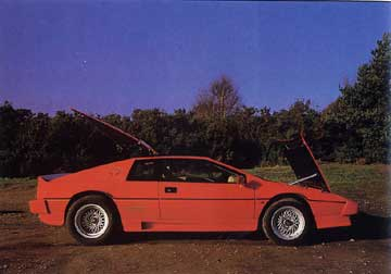 Lotus_Turbo_Esprit_Red_1984